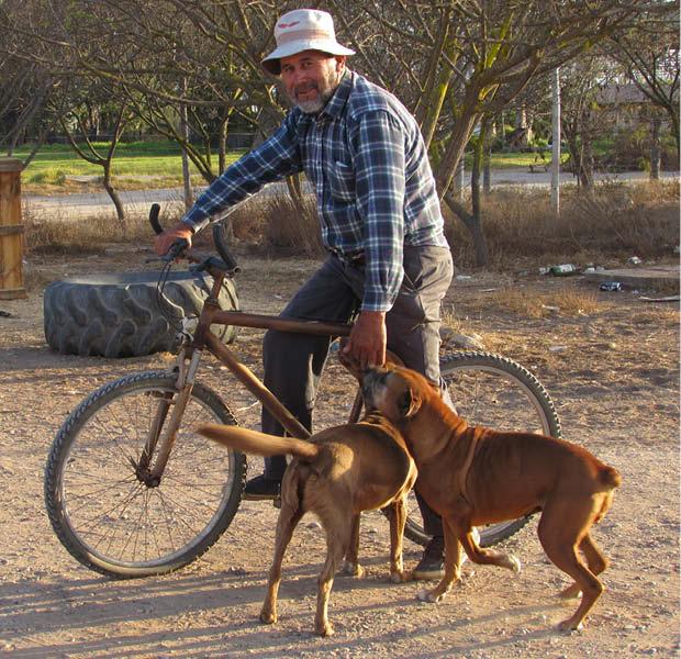 Carlos Castillo bicicleta